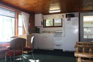 Cabin-2_Kitchen