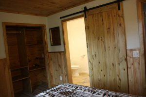 cabin-1_bedroom2